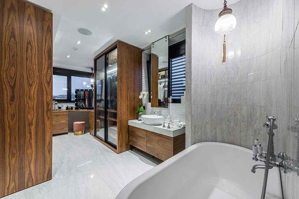 Bathroom Remodeling, Sprague Street, Tarzana