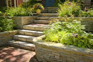 Angelus Planter Wall Pavers